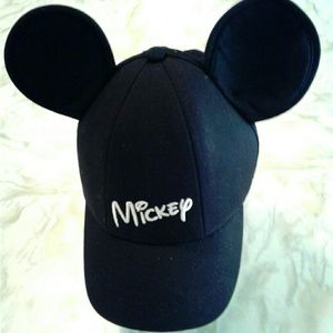 DISNEY Micky Mouse Ears Baseball Style Hat